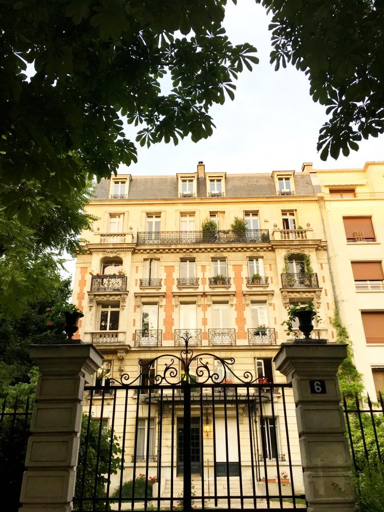 Neuilly-sur-Seine apartments