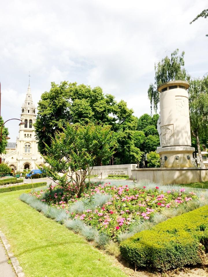 Neuilly-sur-Seine_France_Eglise2
