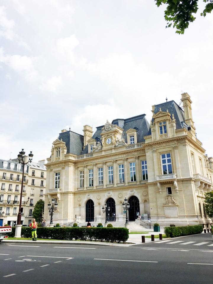 Neuilly-sur-Seine_France_HoteldeVille