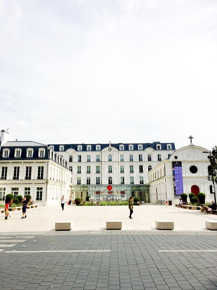 Neuilly-Sur-Seine_France_TheatredesSablons