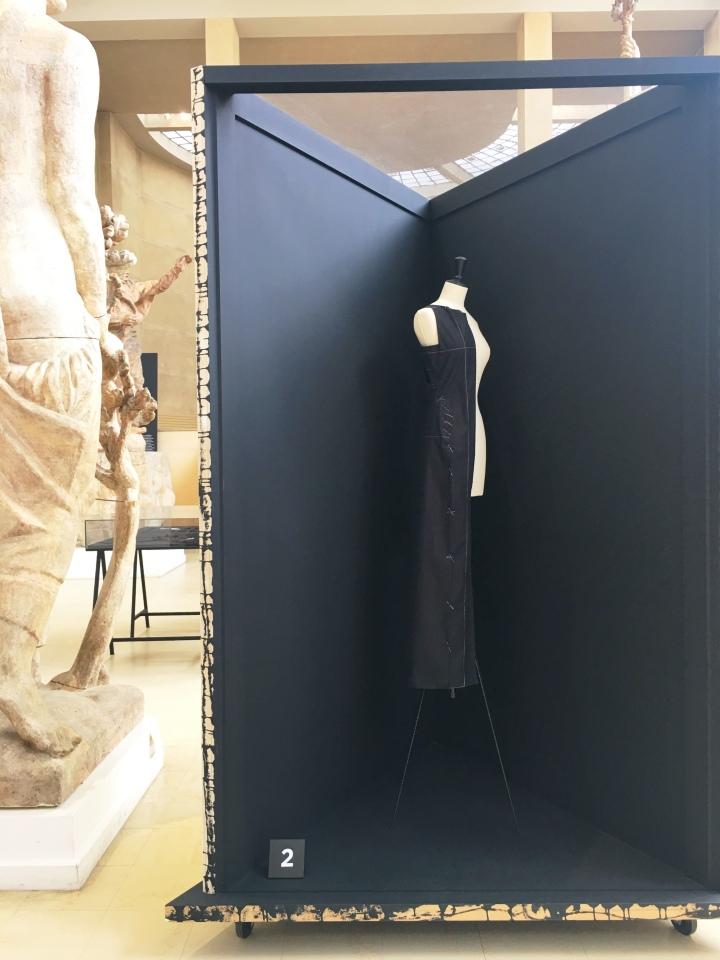 Balenciaga L'oeuvre noir 1