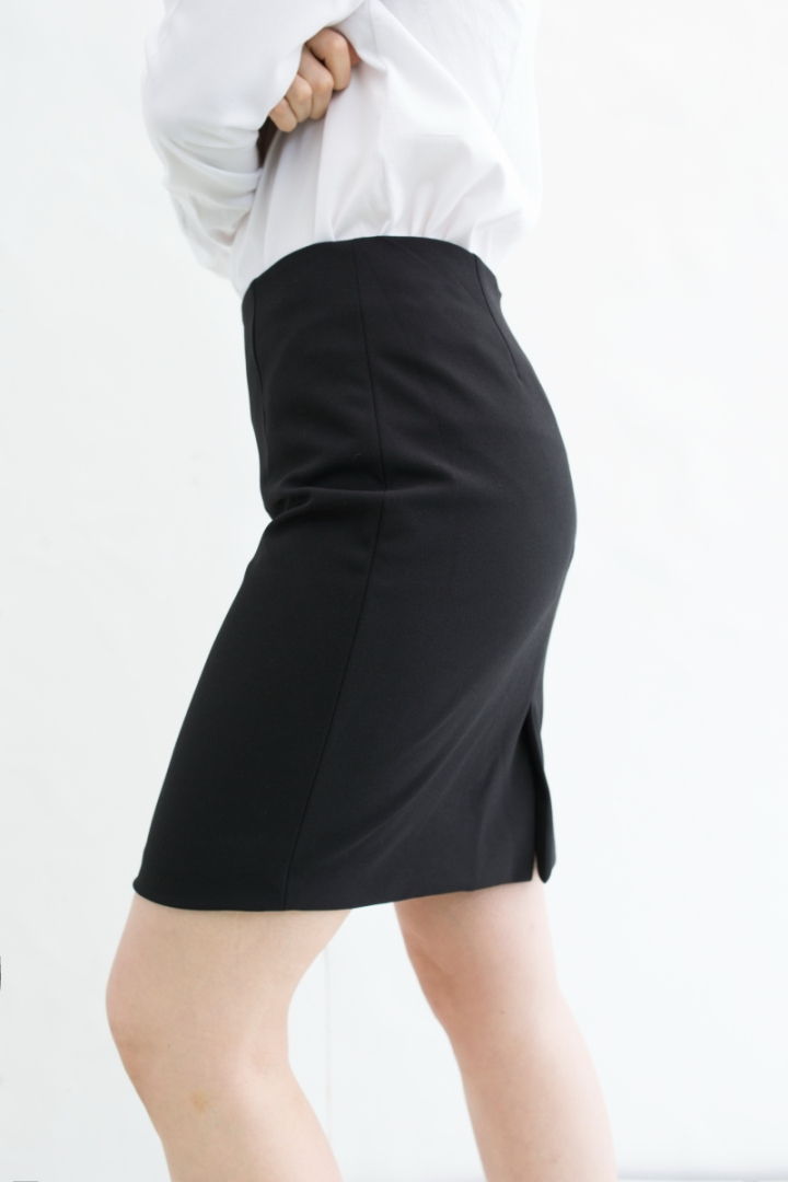 Suit & Simple simple skirt