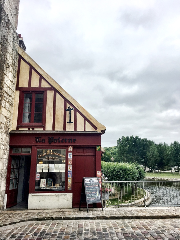 La Poterne Creperie in Moret-sur-Loing
