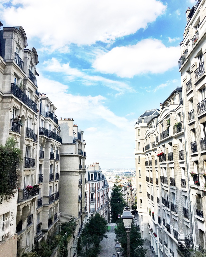 monmartre staircase view