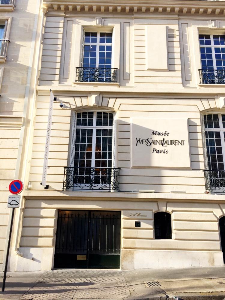 Musée Yves Saint Laurent Paris France