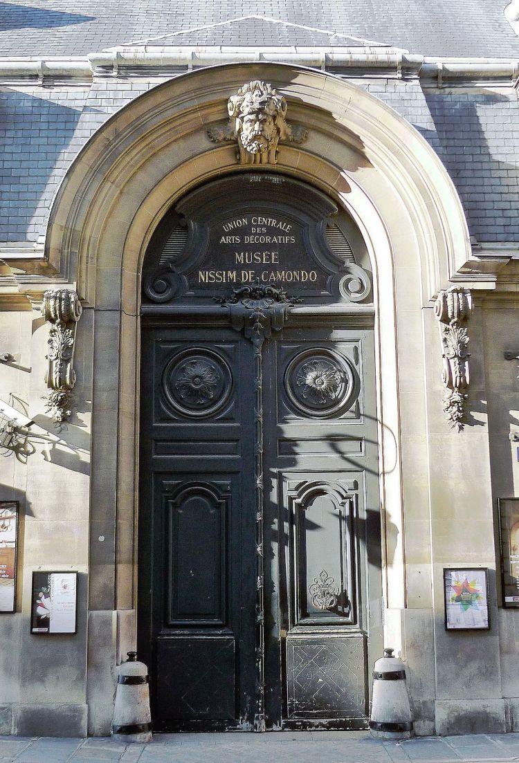 P1060427_Paris_VIII_rue_de_Monceau_musée_Nissim_de_Camando_rwk