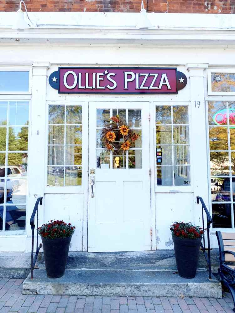 West Street Ollie's Pizza Litchfield Connecticut